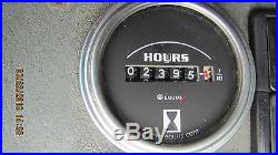 06 Volvo EC210B excavator 2396 hrs, thumb
