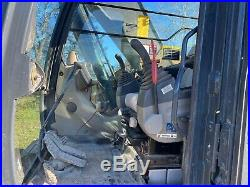 12 Deere 225D LC Excavator For Sale Hyd Thumb! TX Fin. + Ship! AWESOME UNIT
