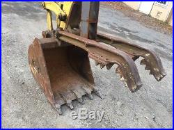 1995 Komatsu PC40-7 enclosed cab with off set boom, blade, hitch and thumb