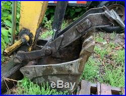 2002 New Holland EC35 Mini Excavator Digger 7,960 lbs 3,998 Hrs Work Ready