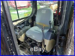 2004 Caterpillar 305CR Excavator, Cab/Heat. Aux Hydraulics, 42HP, 5,610 Hours