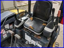 2006 Komatsu PC35-2 MR Mini Excavator, Hydraulic Thumb