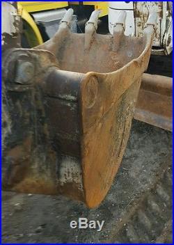2007 Bobcat 442 Excavator Enclosed cab Aux hydraulics New rubber Tracks
