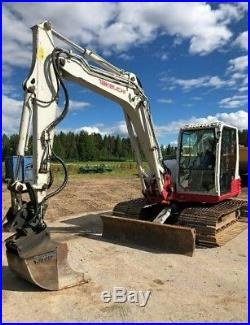 2012 Takeuchi TB285 excavator