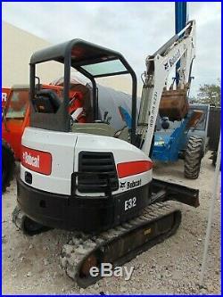 2014 Bobcat E-32 Mini 7,200 Lb Excavator Amazing Condition Very Low Hours