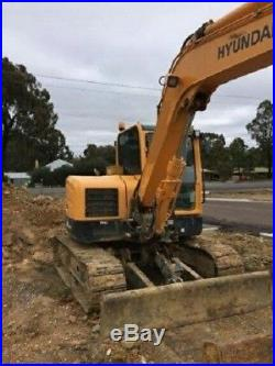 2014 Hyundai R80cr-9 Excavator