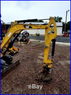 2015 Caterpillar 301.7d Mini Excavator! Only 614 Hours! Expandable Tracks