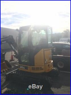 2015 John Deere 26G Mini Excavator with Thumb. Only 36 Hours! Heat/Radio