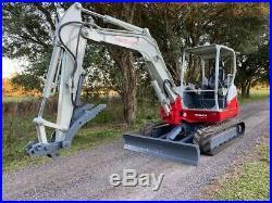 2015 Takeuchi TB260 excavator 13,000LB HYDRAULIC THUMB READY TO WORK