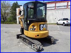 2016 Caterpillar 303ECR Mini Excavator Loader Enclosed Cab Only 233 Hours