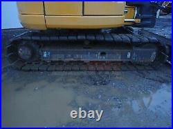 2016 John Deere 85g MIDI Excavator, Cab, 2 Speed, Hyd Coupler, Heat A/c, Radio
