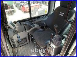 2017 Cat 305.5e2cr Mini Excavator, Cab, Heat A/c, Hyd Thumb, 2spd, 637 Hours