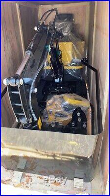 2020 Mini Excavator Rubber Track Backhoe Dozer Blade Gas + 3 Attachments