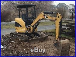 303C Caterpillar Mini Hydraulic Excavator with Power Blade