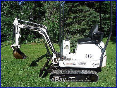 Bobcat 316 mini excavator, 519 hrs