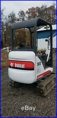 Bobcat 322 Mini Excavator Kubota Diesel Expandable tracks 2 SPD Thumb 3 Buckets
