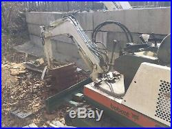 Bobcat 325 Mini Excavator Diesel Engine Rubber Tracks Dozer Blade