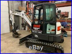 Bobcat E35 Excavator -2014 Bobcat E35 Mini Excavator, Cab, Heat/ac, 2 Spd, Aux