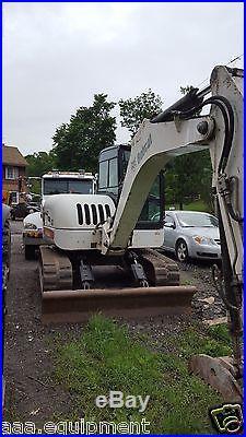 Bobcat Excavator 442 with hydraulic thumb