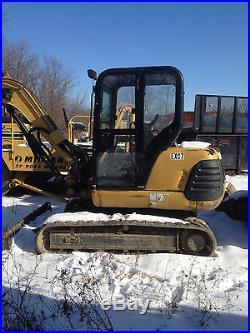 CAT 304.5 Mini-Excavator