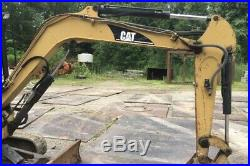 Caterpillar 303.5 Mini Excavator EROPS Plumbed for Hydraulic Thumb Runs NICE