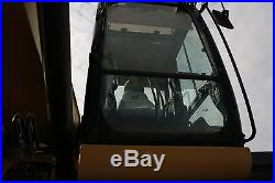 Caterpillar 320 Pantoon Excavator recently replaces tracks