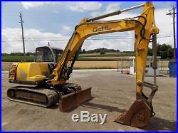 Gehl GE 802 Excavator, 987 Hours, Cab & Heat, 2 Speed, 69 Hp Yanmar Diesel Motor