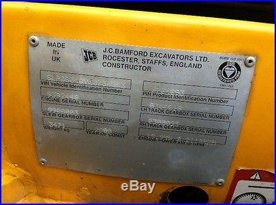 JCB 804 SUPER MINI EXCAVATOR ENCLOSED HEATED CAB PUSH BLADE 3RD VALVE 2900 HRS