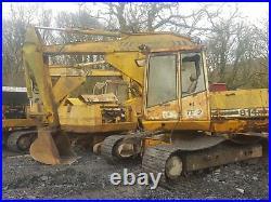 JCB 814 1985 digger excavator dismantling for parts! Main valve block only
