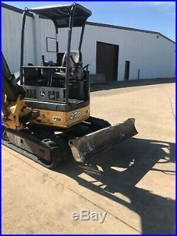 John Deere 27D Mini Excavator