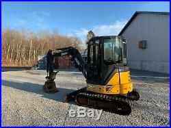 John. Deere 35D Hydraulic Excavator With Thumb and Coupler