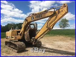John Deere 490E Hydraulic Excavator