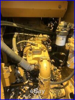 John Deere 490e Hydraulic Excavator With Coupler