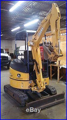 John Deere Mini Excavator 17ZTS Only 668 Hours. Must Sell Great little Machine