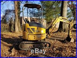 John deere 17zts mini excavator modern machine digs 8 feet runs good, 2 speed