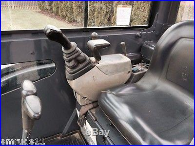 KOBELCO 35SR MINI RUBBER TRACK EXCAVATOR LOADER FULL CAB A/C / HEAT DOZER BLADE