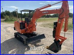 KUBOTA KH11H Mini Excavator 1829 Hours withThumb, 2 Buckets and Ripper Attachment