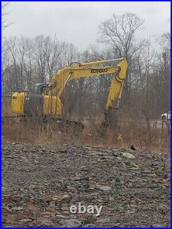 Kobelco 235SRLC excavator