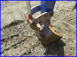 Komatsu PC08UU-1F Micro Mini Excavator Diesel Articulating Boom Rubber Tracks