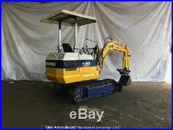 Komatsu PC10-2 Mini Excavator with Hydraulic Thumb