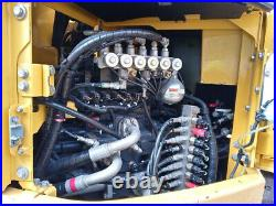 Komatsu PC228US LC-8 Excavator, Hydraulic Coupler, Pattern Changer, 5,658 Hours