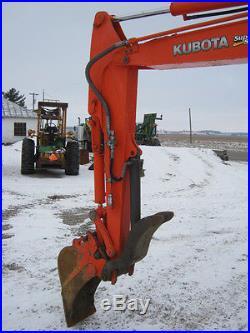 Kubota KX121-3 Mini Excavator, Cab/Heat/Air, Angle Blade, Rubber Tracks NICE
