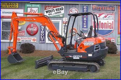 Kubota KX121 Excavator Compact Mini-Trackhoe