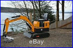 Mini Excavator, NEW, Strong