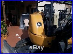 Mini excavadora John deere 27c