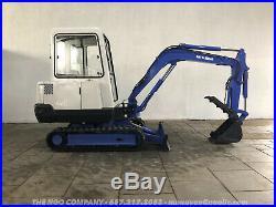 Mitsubishi MM25 Mini Excavator S/N E4F00405