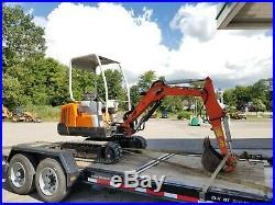 Scat Trak 520v Mini Excavator Kubota Diesel Expandable tracks 2 Bobcat Backhoe