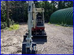 Takeuchi TB135 Mini Excavator 2 speed with backfill blade runs good